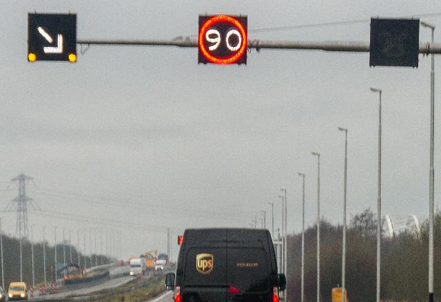 Zijn matrixborden gelijk aan gewone verkeersborden?
